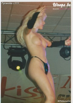 Erotisme Bruxelles Pyramides 1999 (19/38)
