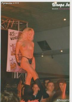Erotisme Bruxelles Pyramides 1999 (28/38)