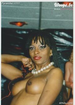 Erotisme Bruxelles Pyramides 1999 (12/38)