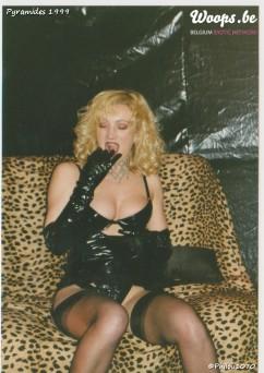 Erotisme Bruxelles Pyramides 1999 (25/38)