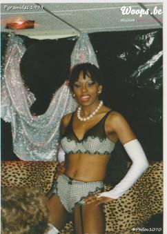Erotisme Bruxelles Pyramides 1999 (14/38)