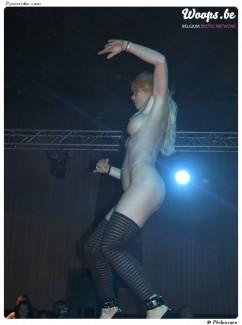 Erotisme Bruxelles Pyramides 2001 (1/4)