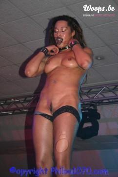 Erotisme Bruxelles Pyramides 2004 (7/11)
