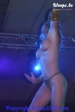 Erotisme Bruxelles Pyramides 2004 (9/21)