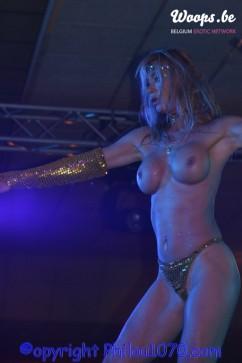 Erotisme Bruxelles Pyramides 2004 (16/21)