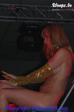 Erotisme Bruxelles Pyramides 2004 (7/21)