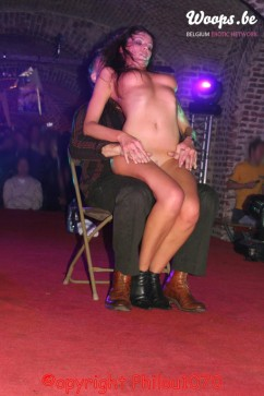 Erotisme Bruxelles Cureghem 2007 (10/39)