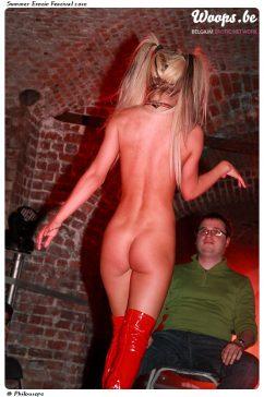 Erotisme Bruxelles Cureghem 2010 (32/56)