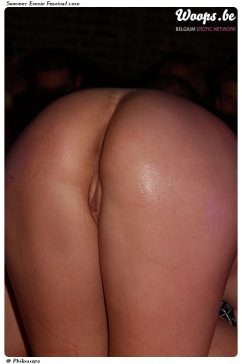 Erotisme Bruxelles Cureghem 2010 (25/72)