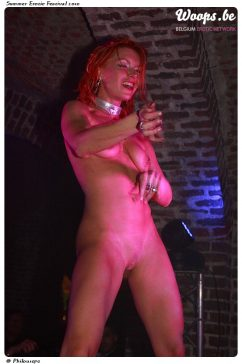 Erotisme Bruxelles Cureghem 2010 (4/60)