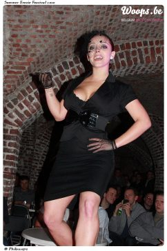 Erotisme Bruxelles Cureghem 2010 (17/32)