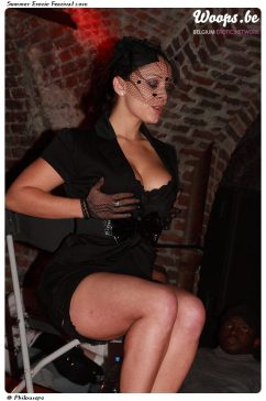 Erotisme Bruxelles Cureghem 2010 (22/32)