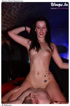 Erotisme Bruxelles Cureghem 2010 (57/83)