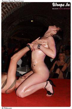 Erotisme Bruxelles Cureghem 2010 (59/83)
