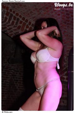 Erotisme Bruxelles Cureghem 2010 (36/37)