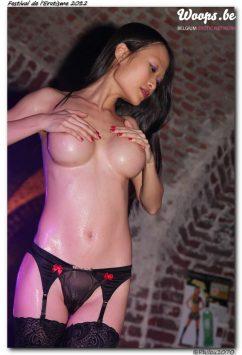 Erotisme Bruxelles Cureghem 2012 (13/33)